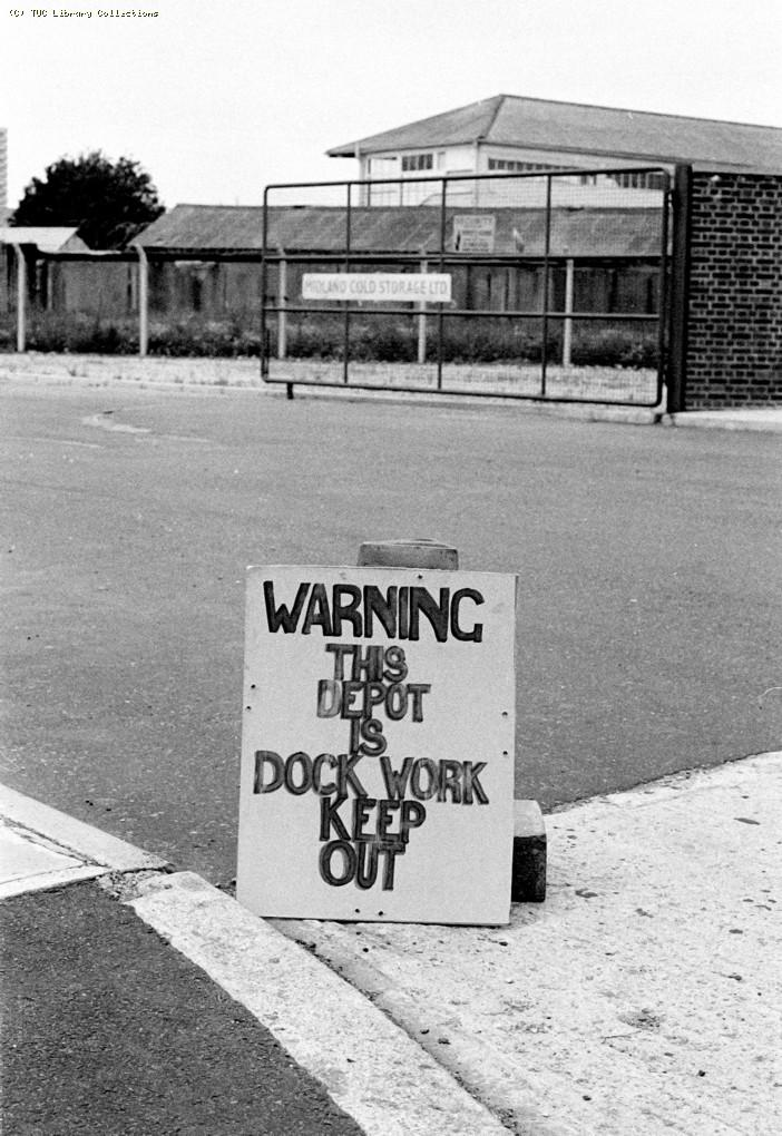 Picket notice at Chobham Farm Depot, 1972