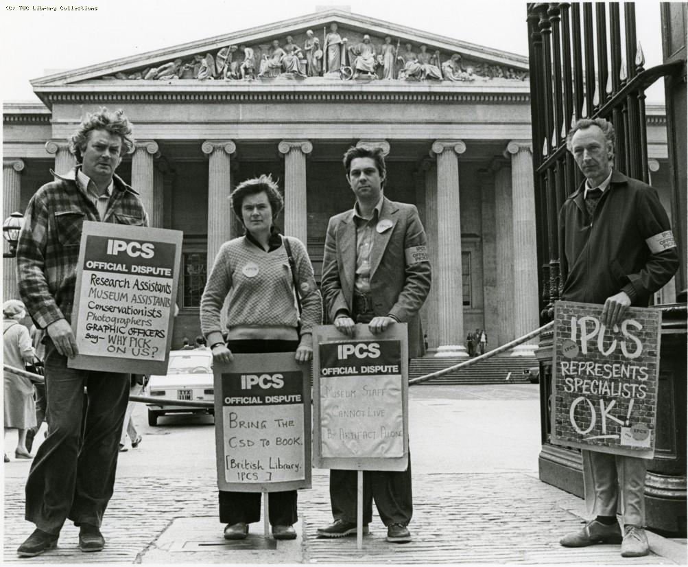 Picket line at British Museum, 1979