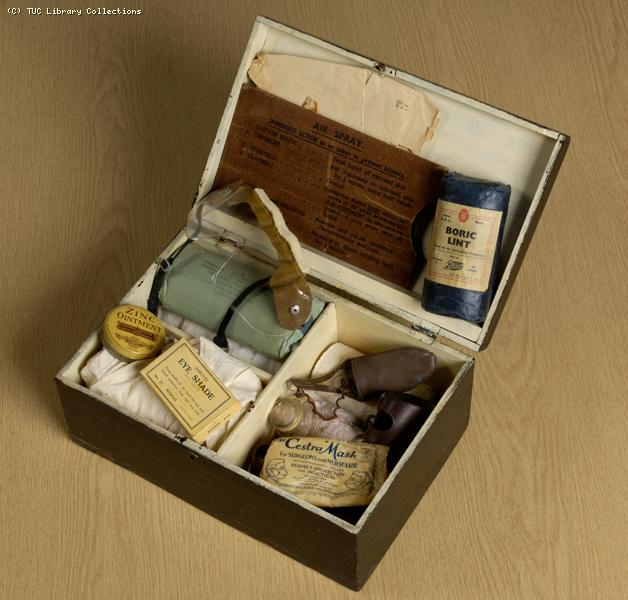ARP first aid kit, 1940-1945